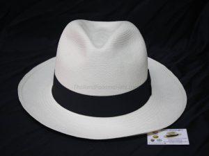 Montecristi Classic White 03